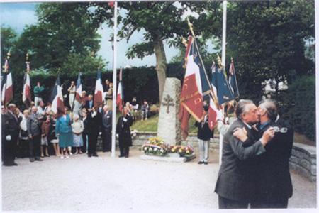 Remise de la Légion d'Honneur à 2 anciens de Dachau